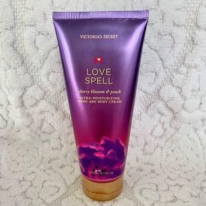 Victoria's Secret Love Spell NWOT